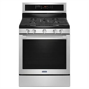 Maytag 30-INCH WIDE GAS RANGE WITH TRUE CONVECTION AND MAX CAPAC