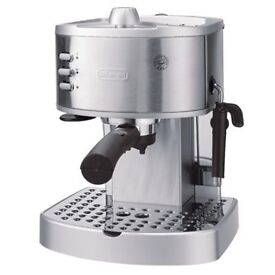 DeLongi 15 Bar Pump Pressure Espresso/Cappuchino/Latte Machine EC330S