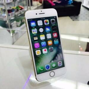 MINT CONDITION IPHONE 7 256GB GOLD APPLE WARRANTY AND INVOICE Surfers Paradise Gold Coast City Preview