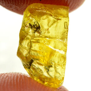 5.20ct NATURAL UNHEATED YELLOW APATITE ROUGH FACET