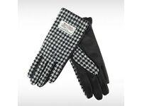Ladies Harris Tweed Gloves - Black Dogtooth/Black Leather