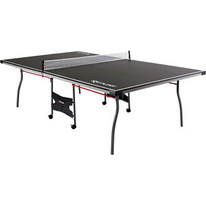 ping pong table/table tennis