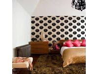 Wallpaper hanger