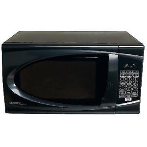 clearance sale-microwave-0.9CUF-with-WARRANTY-$49.99