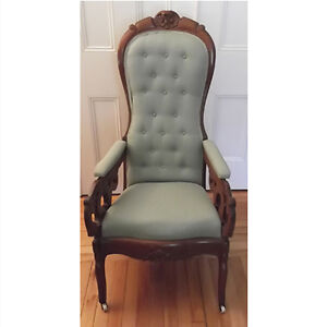 Antique Victorian Era Highback Carved Parlour Chair