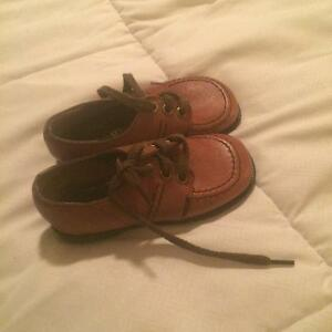 Kids dress shoes