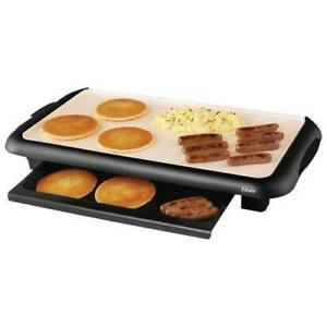 Oster Griddle with Warming Tray (CKSTGRFM18W-033) - Black