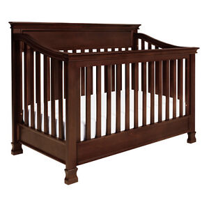 MILLION DOLLAR BABY CLASSIC  FOOTHILL 4 -IN-1 CONVERTIBLE  CRIB