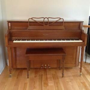 REDUCED - Piano with a Beginner Price!