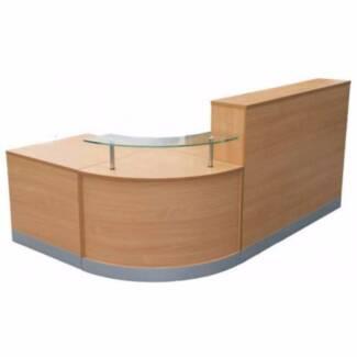 Flusso Curve End Reception Desk