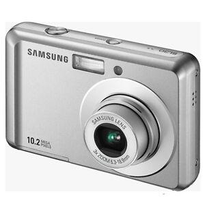 samsung es15 10.2 mega pix camera London Ontario image 1