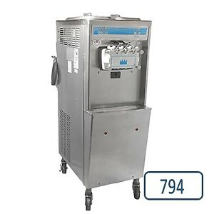 Selling Taylor Soft Serve Ice Cream / Yogurt Machine