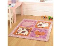 Childrens rug 90 x 90cm
