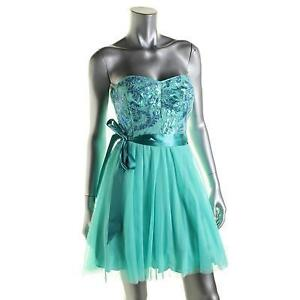 Juniors- Sz 9 (M)- Turquoise Tulle Strapless PROM / PARTY Dress
