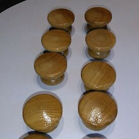 10 wooden oak lacquered kitchen door knobs cabinet cupboard