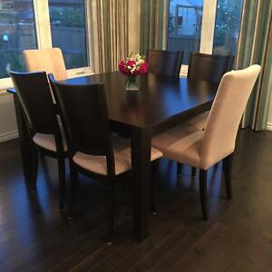 Dinec Kitchen Table and 6 Parson Chairs