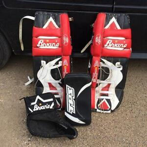 Brian's 33 inch pads w/blocker & left catcher. $550 220-4800