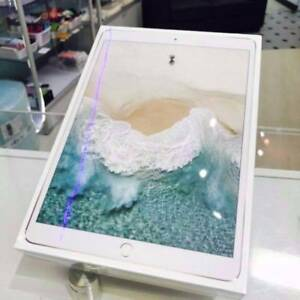 BRAND NEW SEALED IPAD PRO 10.5-INCH 64GB GOLD WITH APPLE WARRANTY Surfers Paradise Gold Coast City Preview