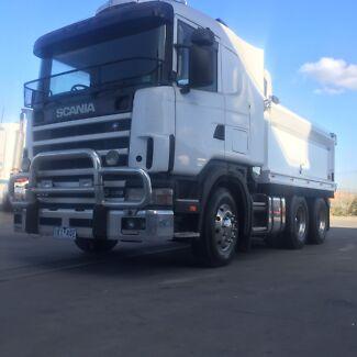 Scania tipper truck auto