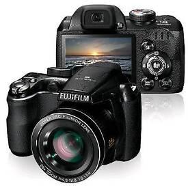 Fujifilm new in box S3400 digital camera