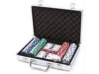 200 PIECE POKER SET IN STORAGE CARRY CASE CHIPS CARDS DICE game kit casino