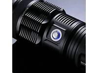 Nitecore TM15 3 CREE XM - L LEDs
