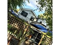 Experienced Kitchen Porter required full time at beautiful river side Pub
