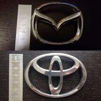 Logo Toyota & Mazda