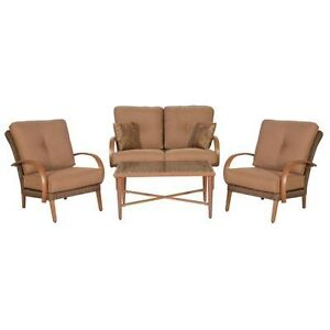 Brand NEW Hampton Bay Cavasso 4pc Woven Wicker Patio Set