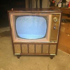 RCA Victor Deluxe vintage Tube Television 1950s tvs