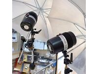 Studio Lighting Kit - 3 Portaflash 336VM lights- 1 backdrop kit - 3 white umbrellas 1 silver £75