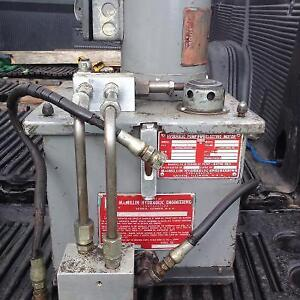 Hydraulic pump and tank, 3000 psi, 220/440volt 3ph/60hz