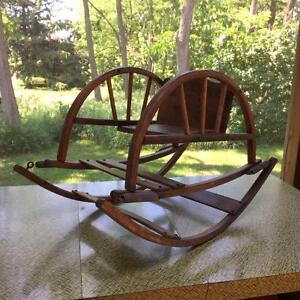 Antique Wooden Rocking Chair Cornwall Ontario image 3