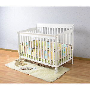 Tommie Convertible Crib (White)