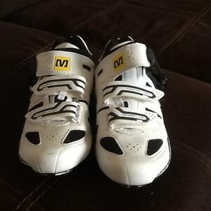 Men's Biking Sneakers Brand New Condition