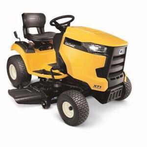 2017 Cub Cadet XT1 LT42 C Lawn Tractor