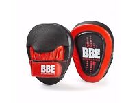 BBE CLUB Leather Curved Hook and Jab Pads with Gel cushioning- (Refurb 3 Month RTB Warranty)BBE438R