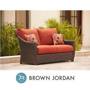 NEW BROWN JORDAN PATIO LOVESEAT D10035-LV-CAN 196025617 HIGHLAND RED CUSHIONS