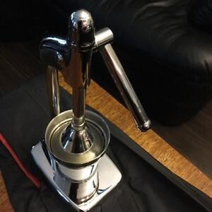 NEW Stainless Steel CHROME Manual Hand Press Juicer