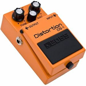 Pedale de distorsion Boss ds1 30$