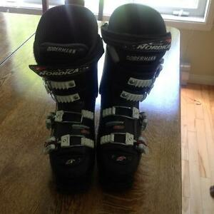 Bottes ski  alpin junior NORDICA Dobermann