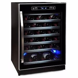 Petit cellier à vin 24'', capacité 56 bouteilles, noir, Avantgarde