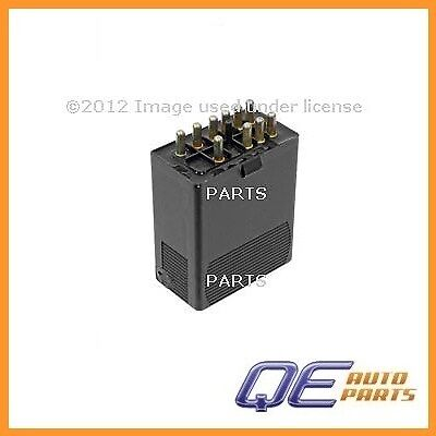 (Mercedes Benz E300 1995 Genuine Mercedes A/C Compressor Relay)