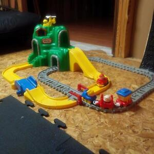 Fischer Price Train Track Stratford Kitchener Area image 1