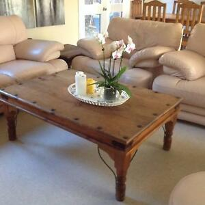 $70 RUSTIC coffee table . RUSTIC Lamp table $40 Leichhardt Leichhardt Area Preview