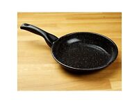 The Ultimate Frying Pan 22cm