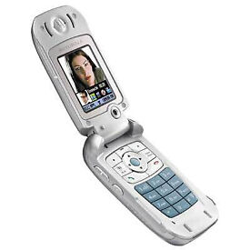 Motorola V980 - Classic 3G Flip Phone (Vodafone) - BNIB