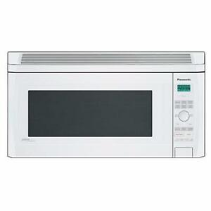 Micro-ondes Hotte Intégrée 2 pi³ Blanc Panasonic ( NN-SD277W )