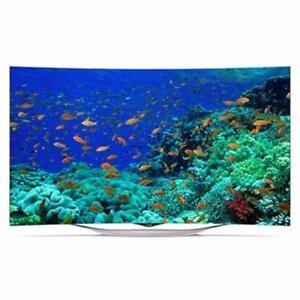 LG 55EC9300_676 55'' Curved OLED TV w/Pixel Dimming, Life-Like Colour