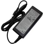 Samsung RV520 Charger